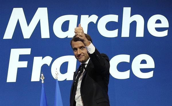 지난 23일(현지시간) 치러진 프랑스 대선 1차 투표에서1위를 차지한 프랑스 중도신당 '앙 마르슈'의 에마뉘엘 마크롱 후보.