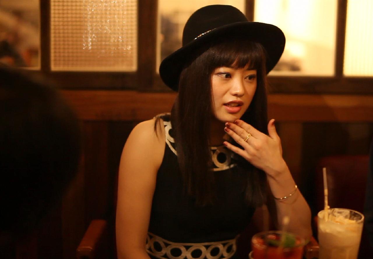 배우 토미테 아미.