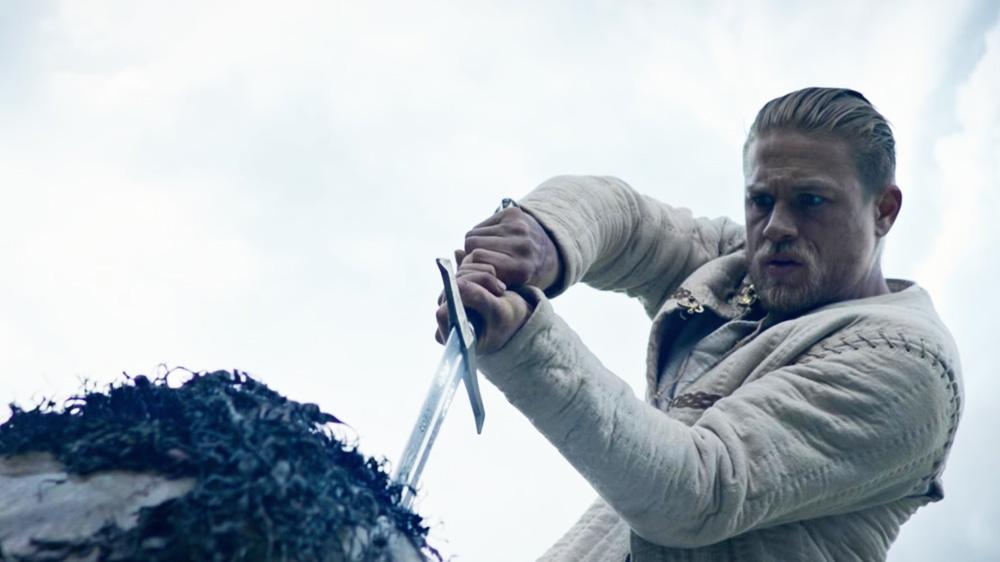영화 `킹 아서:제왕의 검`의 한 장면