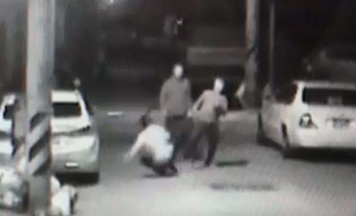 폭행 장면이 담긴 CCTV 화면 중 일부
