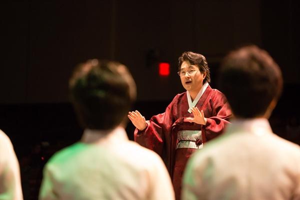 청춘 합창단은 방송 이후에도 매주 화요일마다 과천에 있는 연습실에 모여 연습을 해왔다.