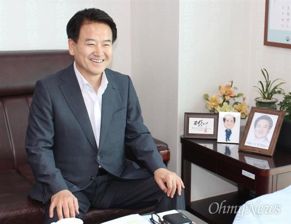 지난 19일 인터뷰를 진행 중인 정동영 국민의당 의원(사진).