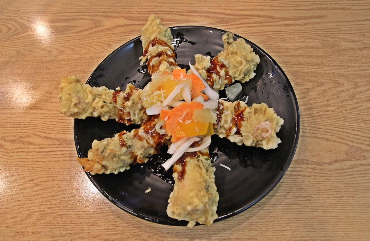 치즈탕수육은 일반 탕수육과는 전혀 다른 이색 탕수육이다.