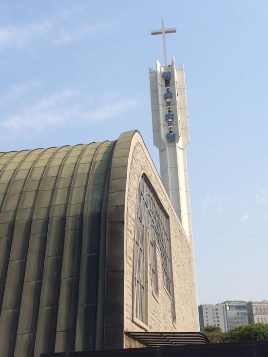서울 강남구 신사동에 위치한 소망교회.