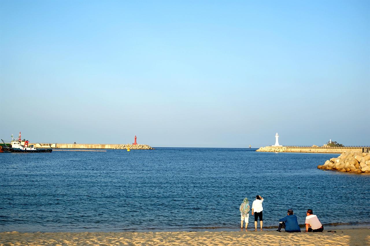 아바이마을 해변 풍경