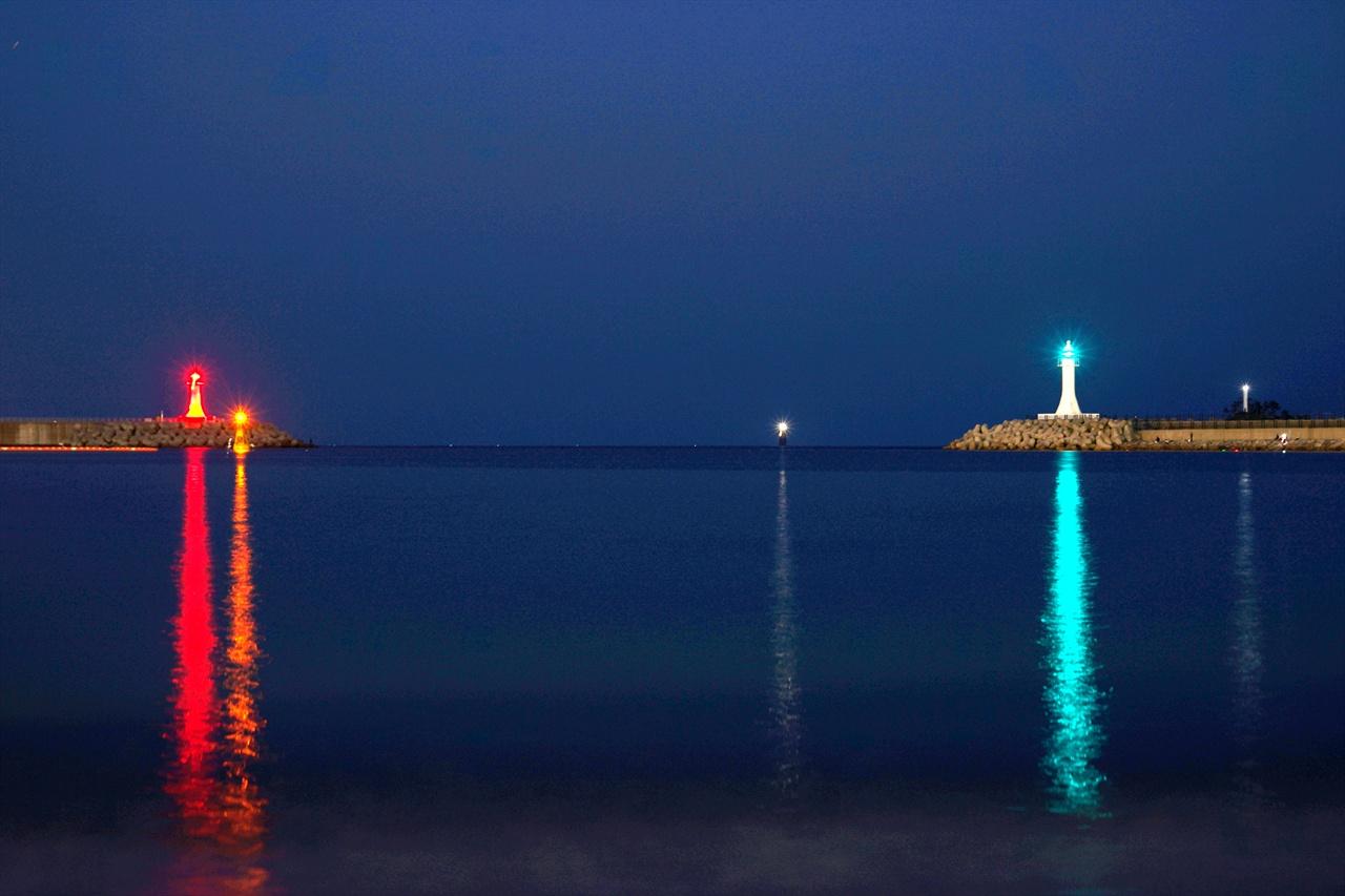 밤 해변 풍경