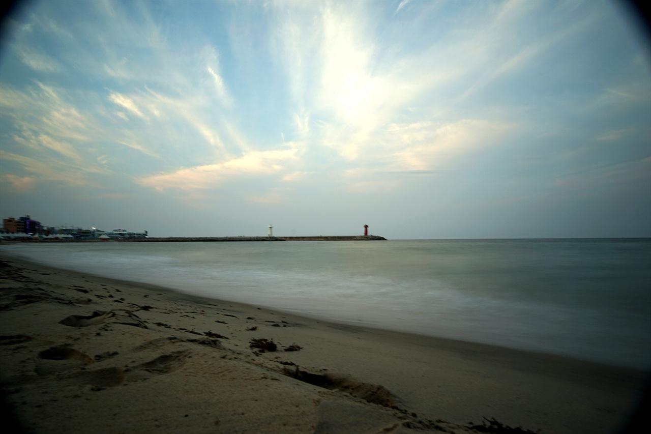 물치항 해변 풍경