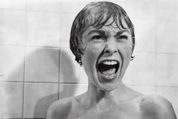 알프레드 히치콕의 <싸이코>(1960). 아마도 공포영화라는 단어에 자동반사적으로 떠오를 이미지. 올해 부천국제판타스틱영화제에서 특별상영되었다.