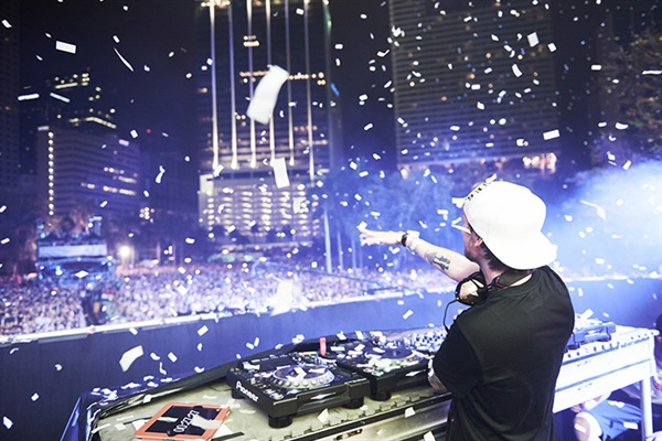 국내에서도 많은 팬을 보유한 스웨덴 DJ 아비치.