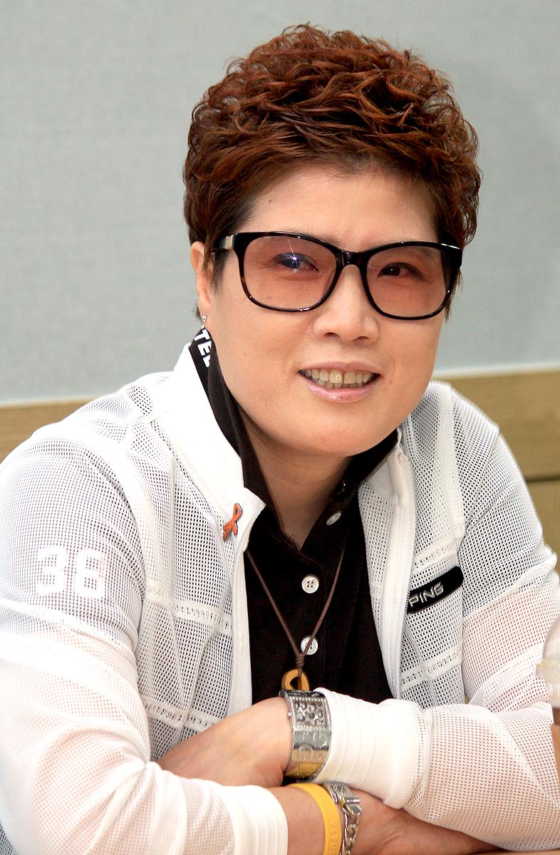 '5·18 역사 알리미'로 나선 류연삼 씨. 류 씨는 지난달 '5·18 민주화운동 바로 알기' 스토리펀딩을 진행해, 후원자들의 후원금으로 광주지역 청소년을 위한 <택시운전사> 시사회를 열었다.