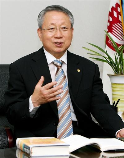 김원배 목원대 전 총장