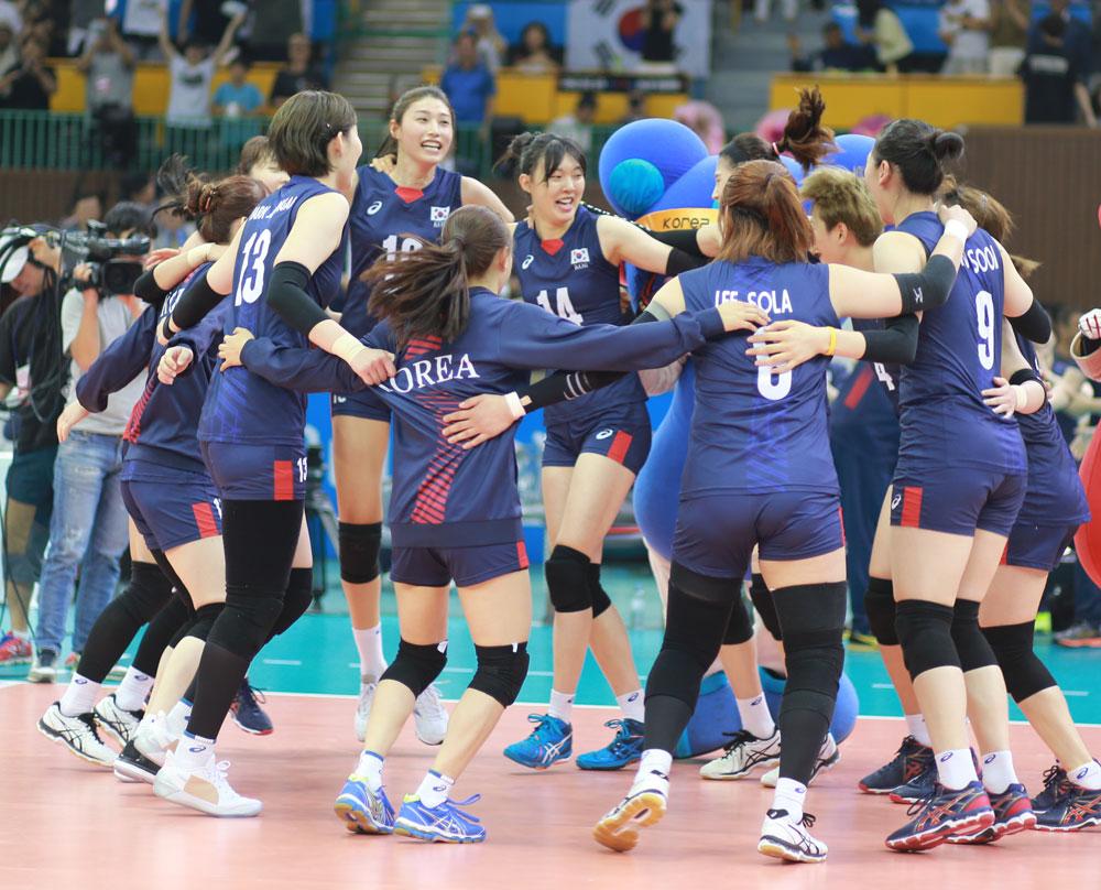 월드그랑프리 대회에 출전한 여자배구 국가대표팀 선수들