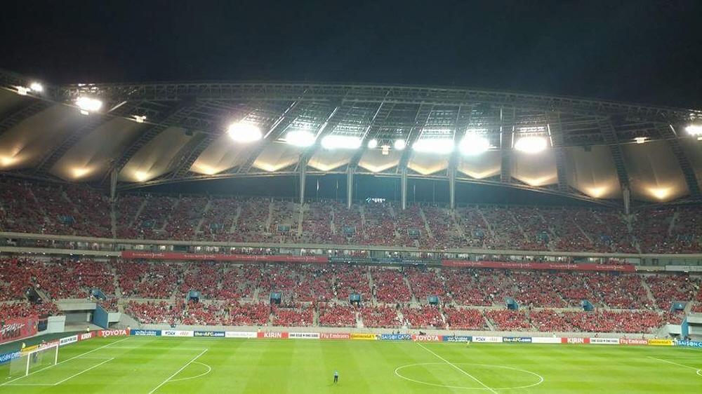 31일 오후 9시 서울 상암월드컵경기장에서 열린 2018 러시아 월드컵 아시아지역 최종예선 한국과 이란의 경기를 보기 위해 경기장을 가득 메운 붉은 악마.