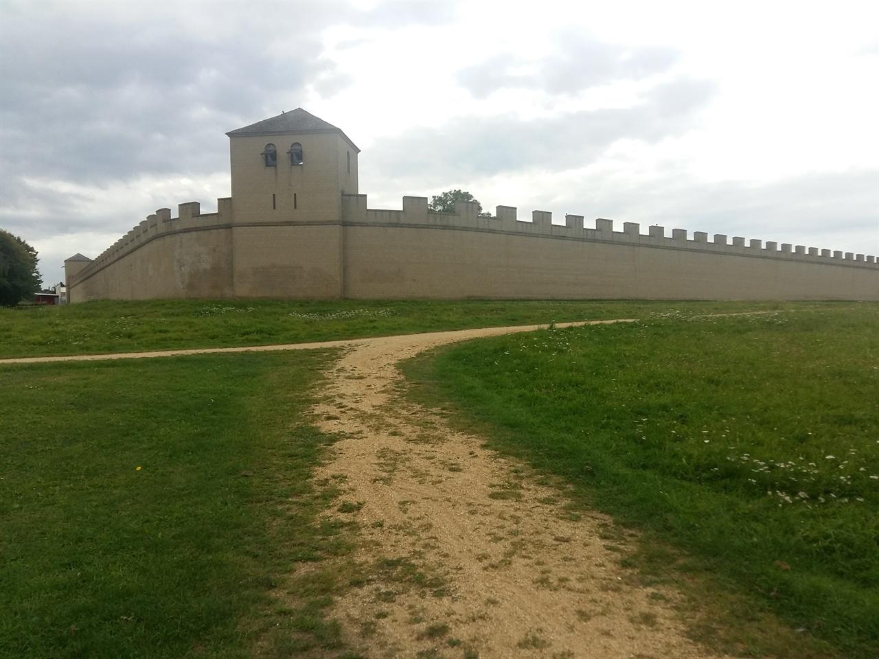 잔텐의 고성 잔텐은 로마시대 때부터 발달한 도시이다.