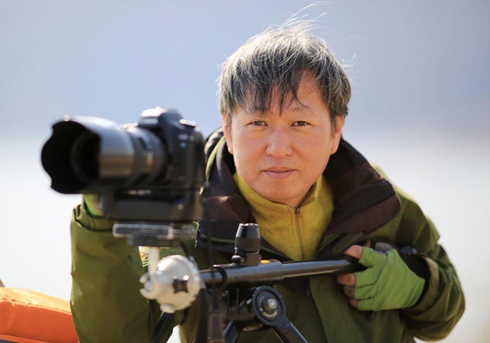 이정호 사진작가는 한국화보 대전·세종 지사장으로 활동하고 있다. 지난 8년간 1년에 3~4차례 독도를 찾고 있다.