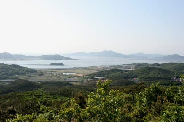 인천 '달맞이 명소' 영종도 백운산.