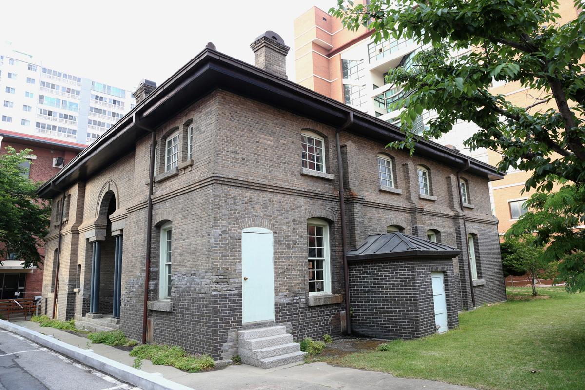 오웬기념각. 각종 집회와 강연이 열렸던 곳이다. 광주 신문화의 발상지로 통한다. 양림교회에 있다.