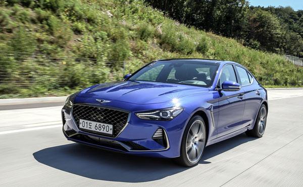 지난 20일 출시된 '제네시스'(현대자동차 고급차 브랜드) 중형 세단 G70이 불과 1주일 만에 3천 대 넘게 팔렸다.