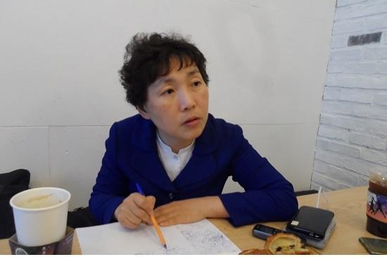 지난 4월 21일 강연때문에 서울에 올라온 더불어민주당 정현주 시의원이 <단비뉴스>와 인터뷰하고 있다.