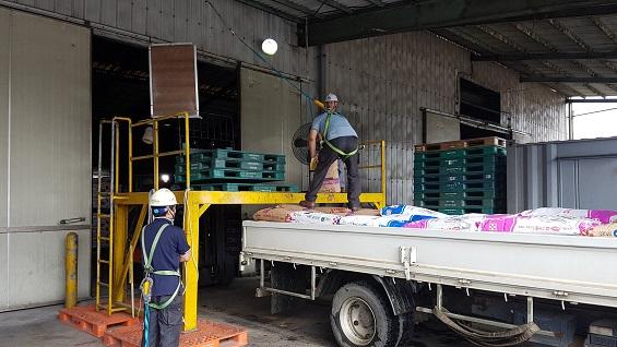 인섭씨가 일하고 있는 P사의 하치장. 이곳에서 일하는 노동자들도 추석연휴 동안 3일만 쉬고 일을 해야 한다.