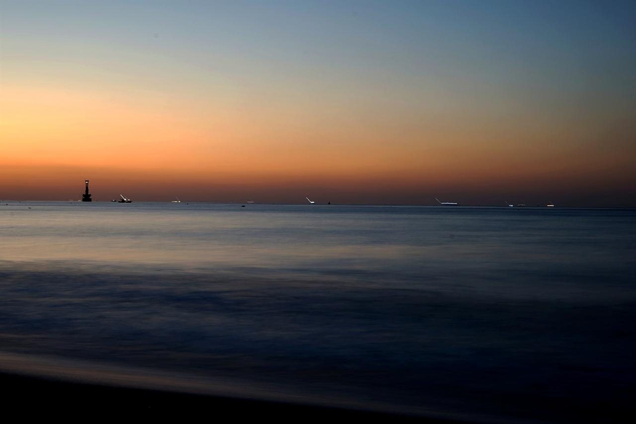 해운대해수욕장의 새벽 풍경