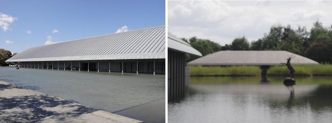 물로 둘러싸인 사가와미술관과 물 위에 자리잡은 차실입니다.