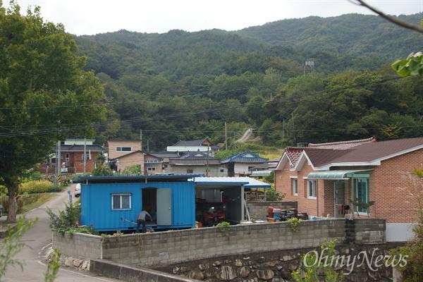 사드가 배치된 경북 성주군 초전면 소성리 마을. 평화롭게 보이는 마을이지만 주민들은 사드때문에 마음이 무겁기만 하다.