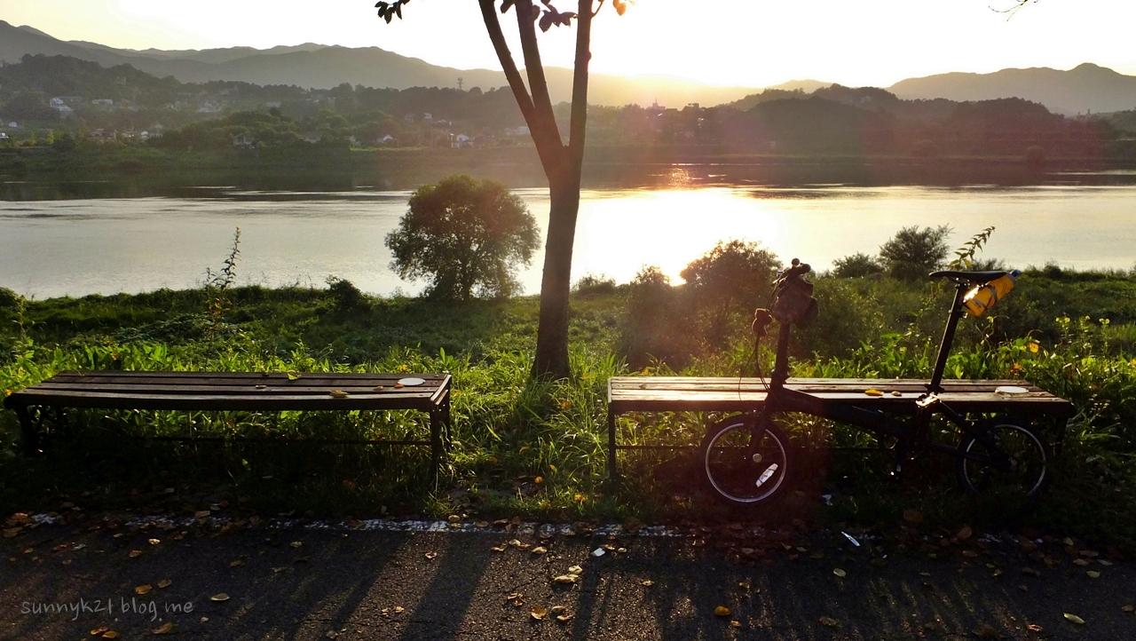 아늑한 기분이 드는 여강 자전거여행.