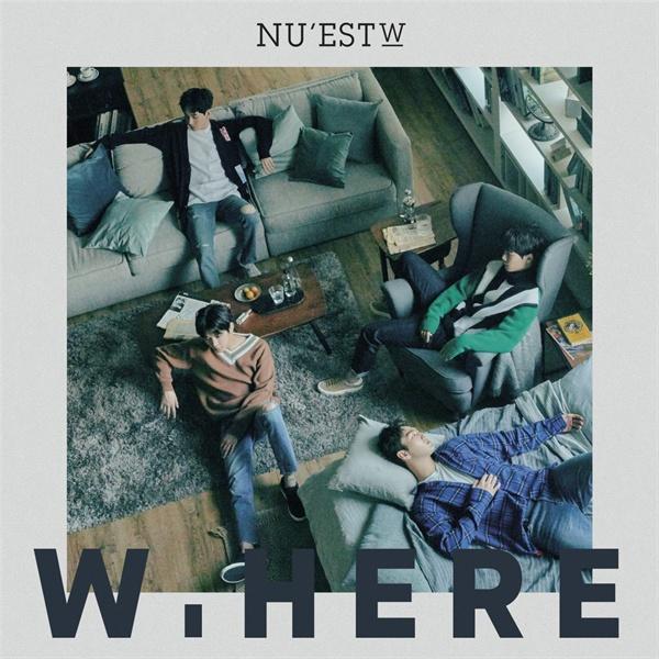 뉴이스트W의 새 음반 < W.HERE > 표지.