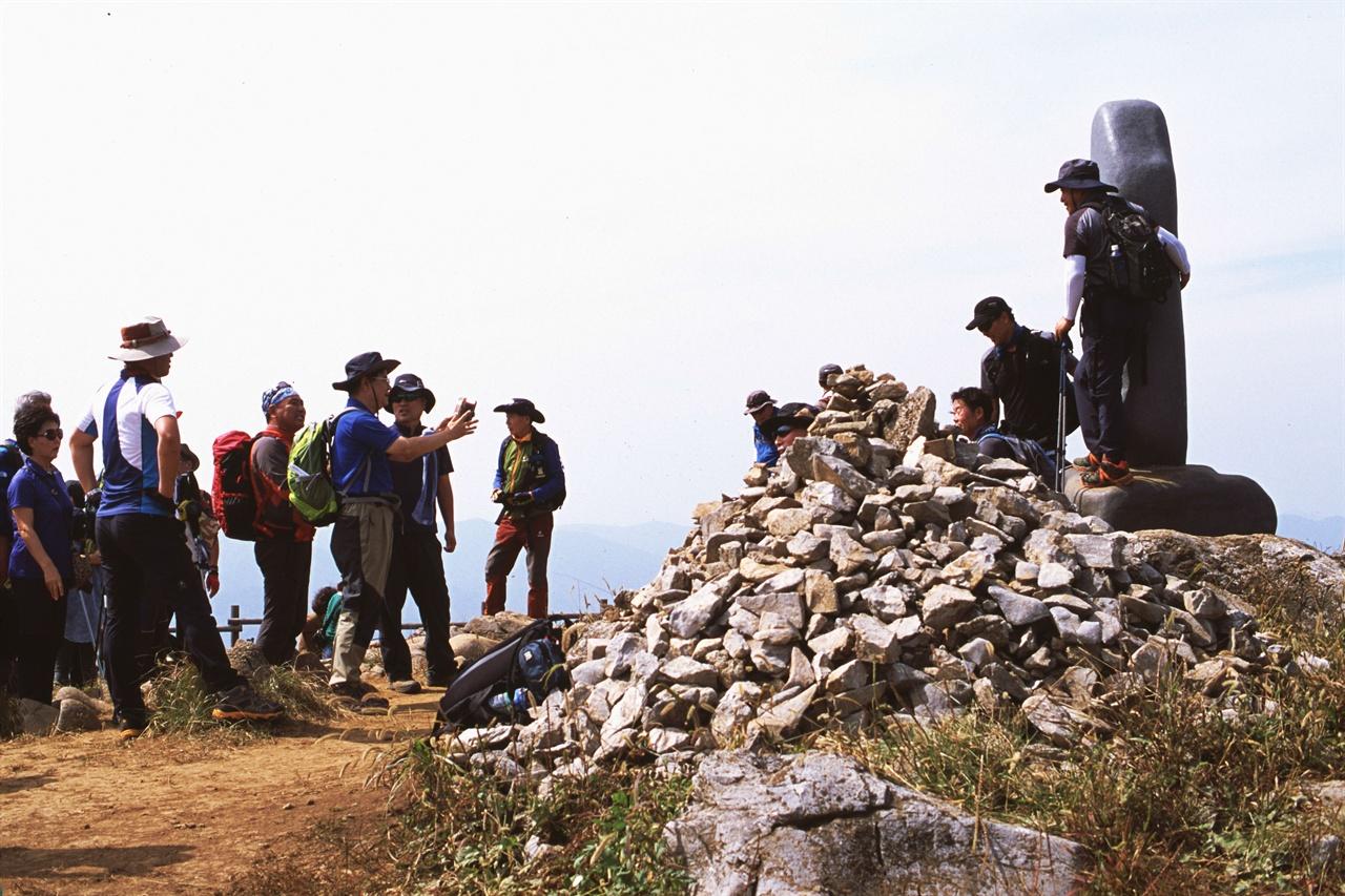 관광객들 (LX/CT100)축제 둘째 날 민둥산을 찾은 관광객들