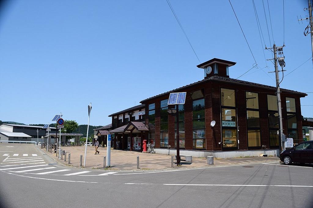 야시마 역 외관 유리고원철도의 종착역인 야시마 역