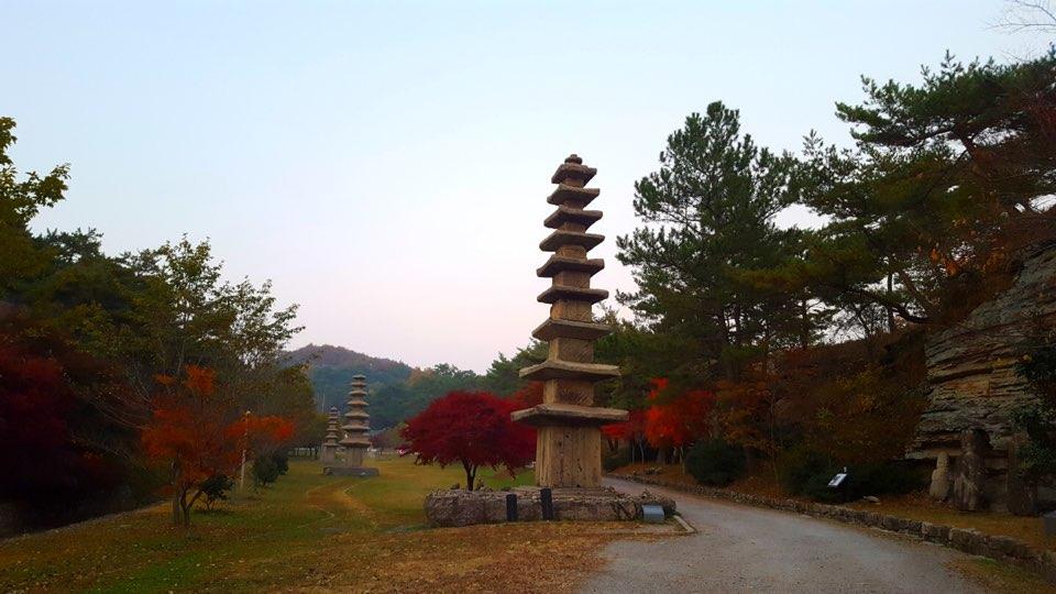 운주사 구층석탑
