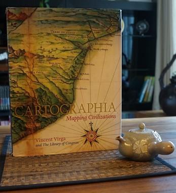 <Cartographia>
