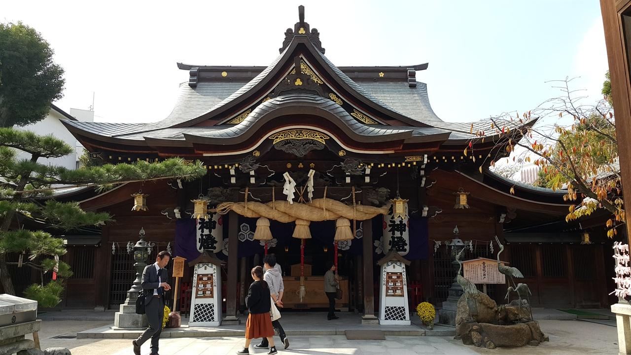 후쿠오카 시내에 있는 구시다 신사 명성황후를 살해한 히젠도가 보관돼 있다.