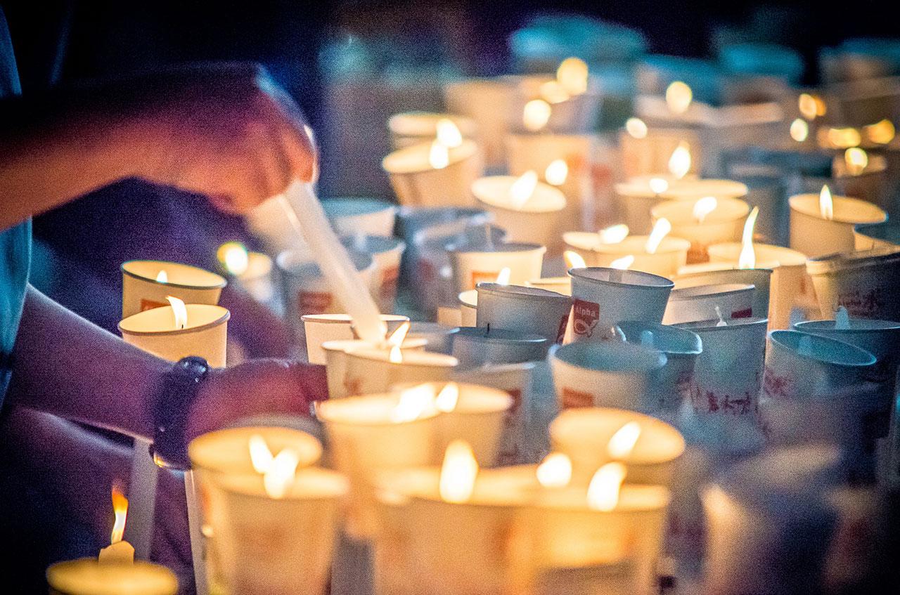 겨울이 오고 있다. 이 촛불은 언제까지 밝혀져야 할까.