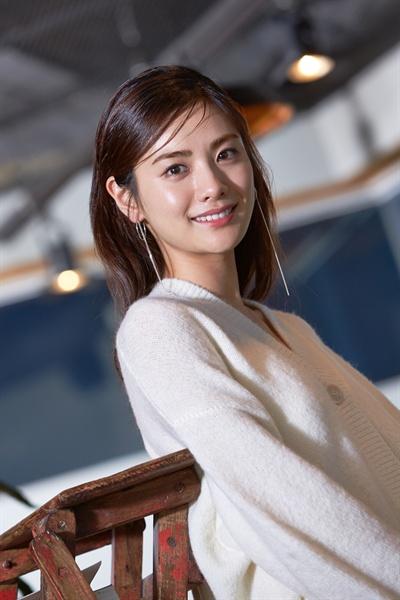 영화 <꾼>의 춘자로 출연한 배우 나나
