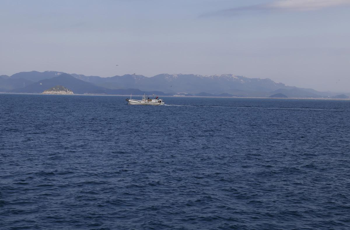 소안도 가는 길. 소안도는 보길도, 노화도와 인접해 있는 완도의 섬이다. 일제강점기를 전후해 항일의 섬으로 널리 알려져 있다.