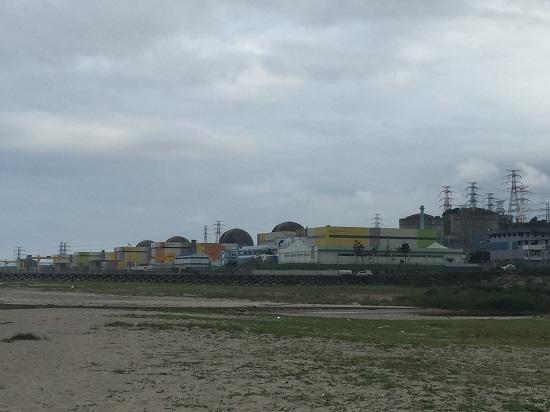경북 울진군 북면에 있는 한울원자력발전소. 오른쪽 둥근 지붕부터 원자로 1~6호기가 나란히 서 있다.
