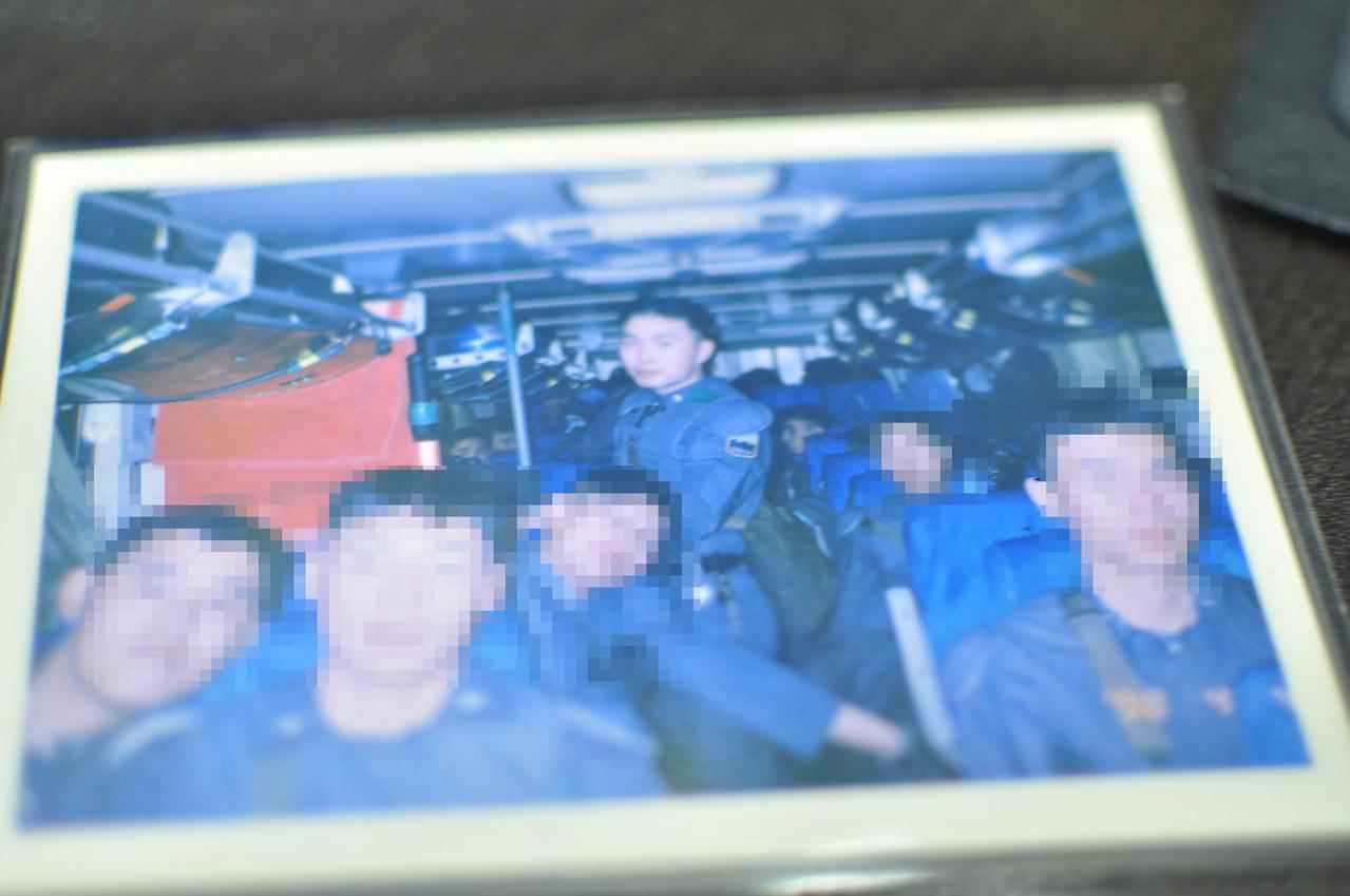 출동하는 버스안에서의 모습
