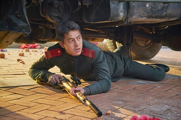 북한의 최정예 요원 역할을 맡은 정우성 배우.