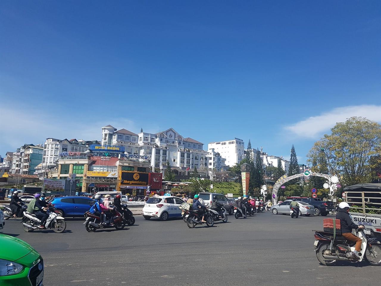영원한 봄의 도시, 베트남의 달랏