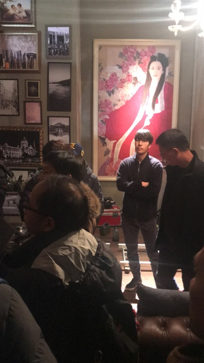 28일, 고용노동부 평택지청 소속 근로감독관들이 tvN<화유기> 세트장을 방문해 현장 조사를 실시했다.