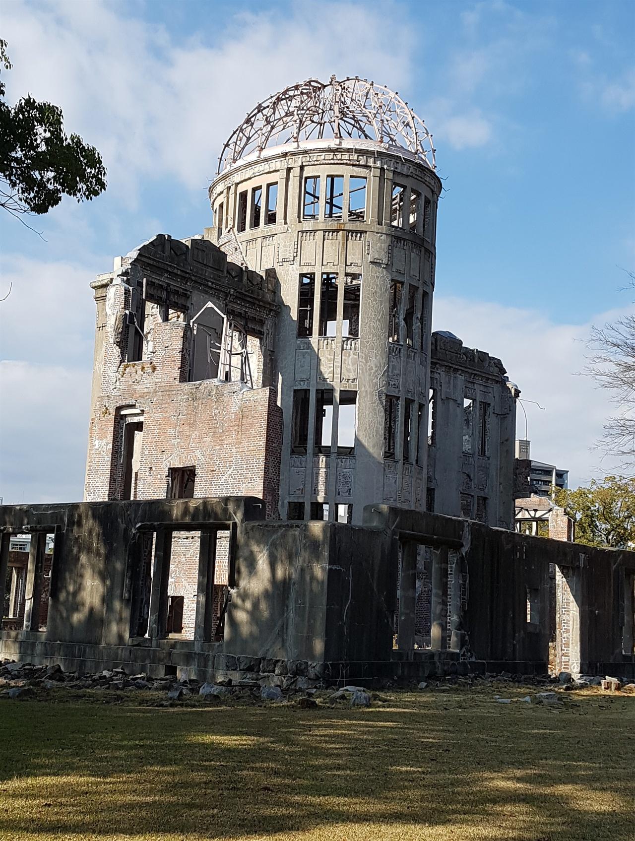 히로시마 원형돔 히로시마 원폭피해의 상징
