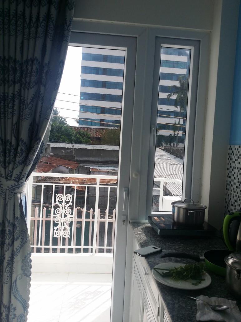 호텔이 아닌 홈스테이를 구했던 우리, 도둑은 현지 사정에 어두운 여행자들을 노린 것 같다.