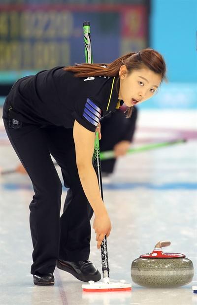 '컬링요정' 이슬비  2014 소치동계올림픽 당시 '컬링요정'으로 불리운 이슬비 전 국가대표 선수