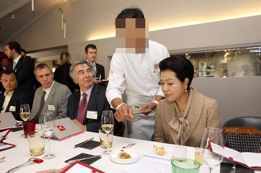 지난 2010년 10월 5일 벨기에를 방문한 이명박 전 대통령의 부인 김윤옥씨.