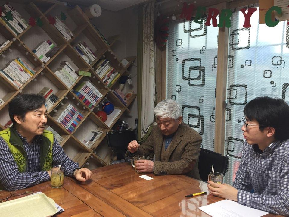 왼쪽부터 정재원 사회복지사님, 지역주민 김경립 씨, 종민협 강민수 간사.