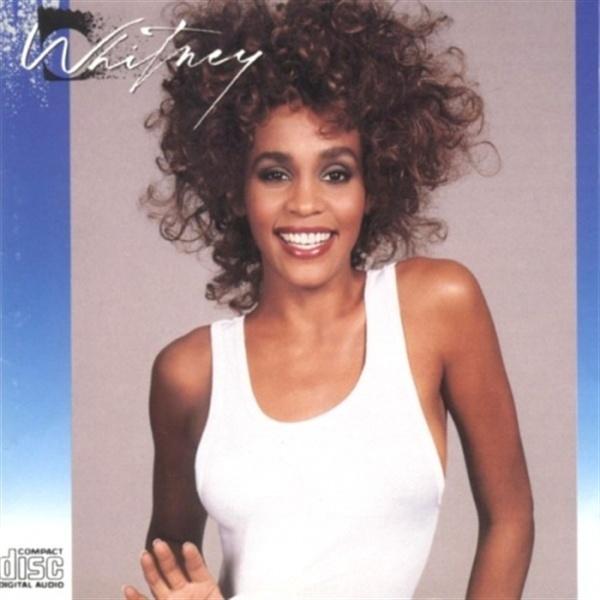 휘트니 휴스턴의 < Whitney >는 1987년 6월 발표돼 폭발적인 인기를 얻었다.