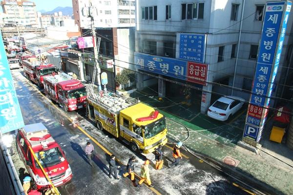 26일 밀양 세종병원 화재 현장.