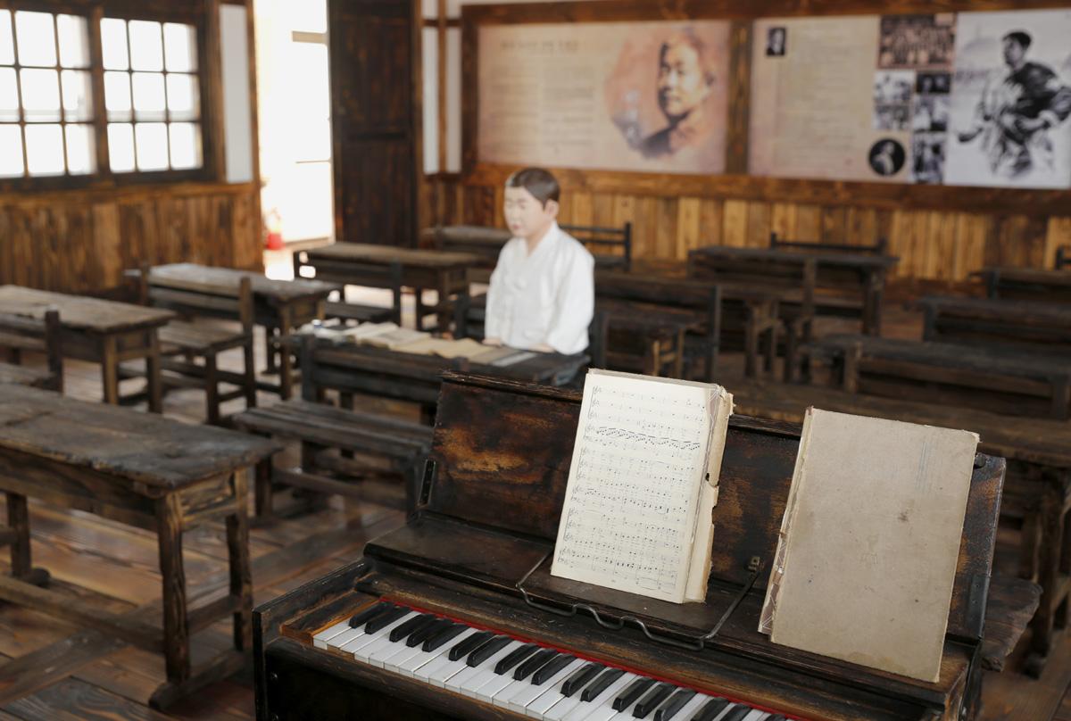 정율성 음악교실 풍경. 그가 초등학교 1∼2학년 시절을 보낸 전남 화순의 능주초등학교에 설치돼 있다.